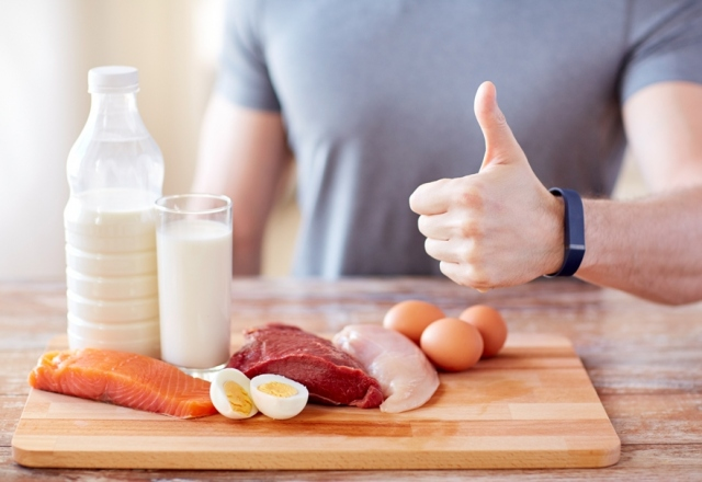 6 Dangerous Things That Happen When You Eat Way Too Much Protein