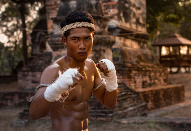 IMPROVE YOUR HEALTH WITH MUAY THAI